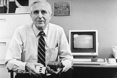ilk-bilgisayar-faresi-mouse-douglas-engelbart